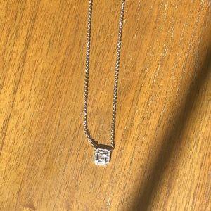 Chloe + Isabel Jewelry - Chloe + Isabel Crystal Square Pendant Necklace